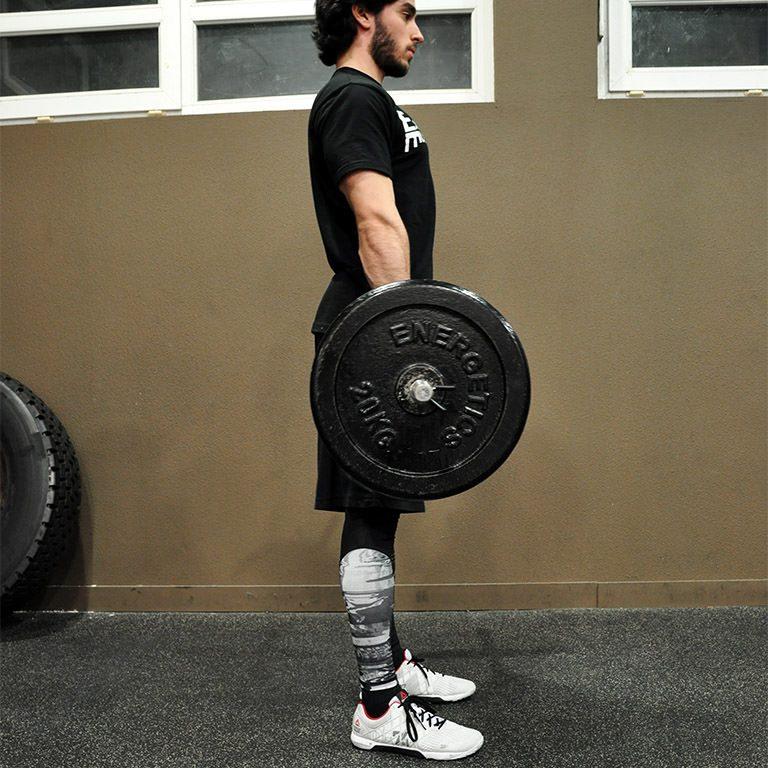 Programme musculation maison pour débutant - Soulevé de terre jambes tendues 1