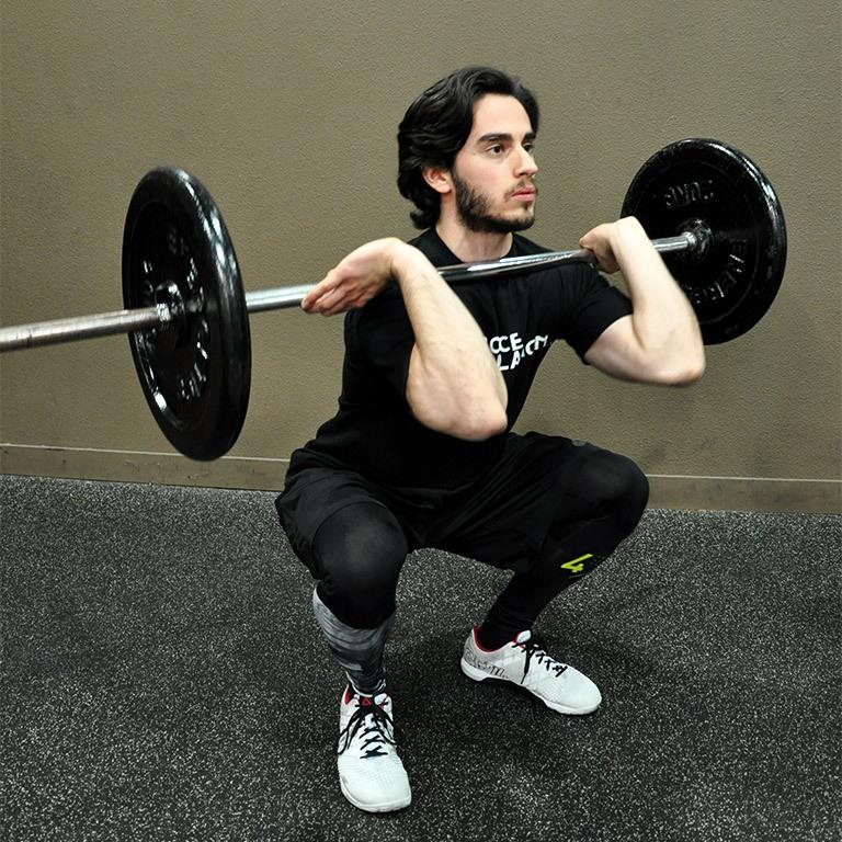 Front squat – Descendre la barre