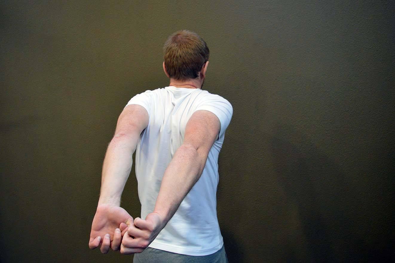 Étirements épaules - Position 4
