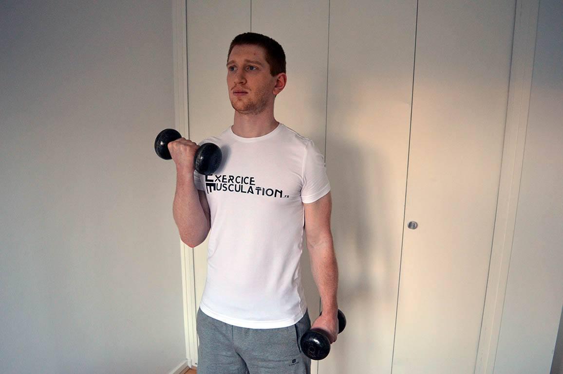 Programme musculation maison pour débutant - Curl rotation 2