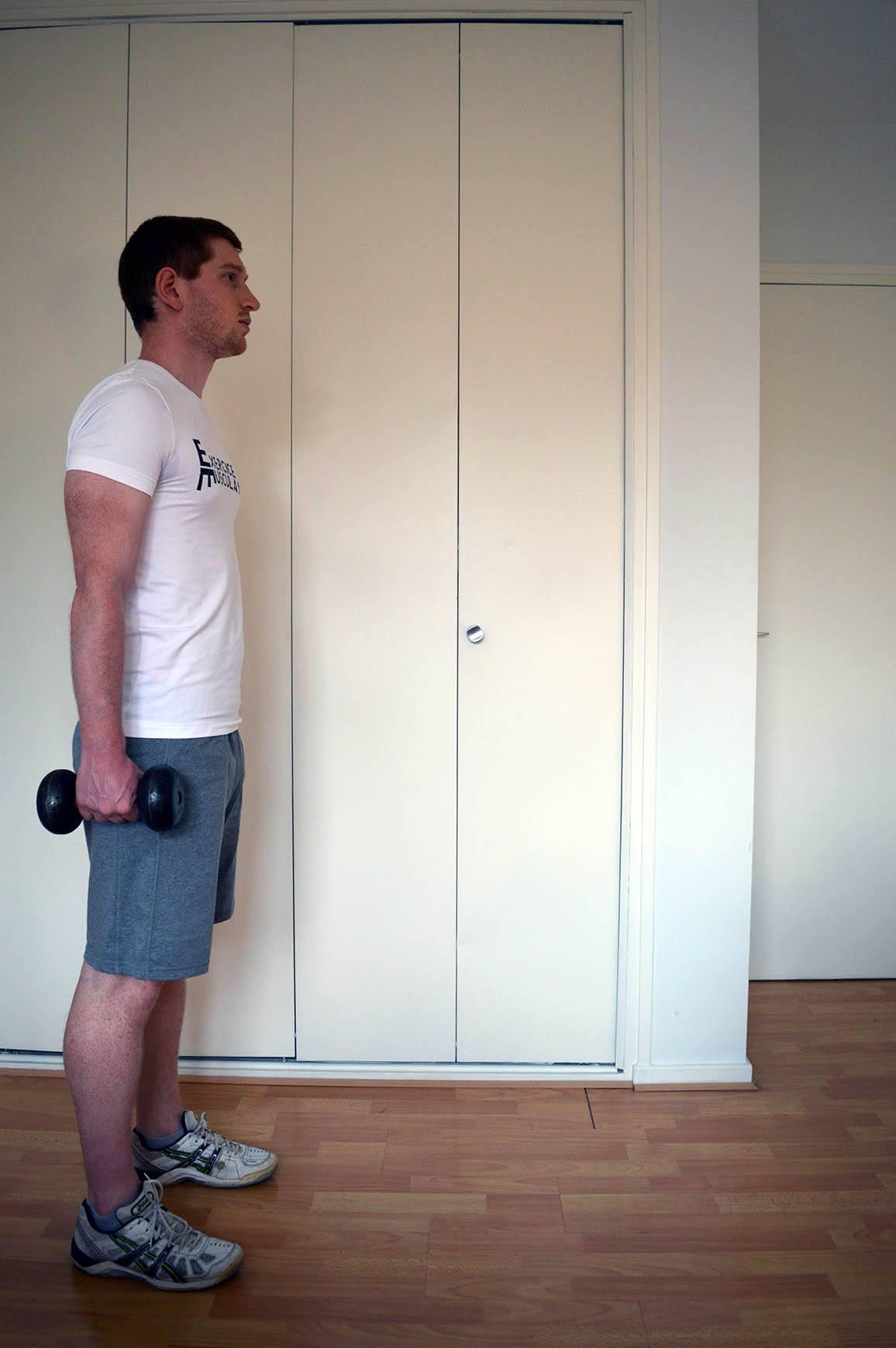 Programme musculation maison pour débutant - Fente haltères 1