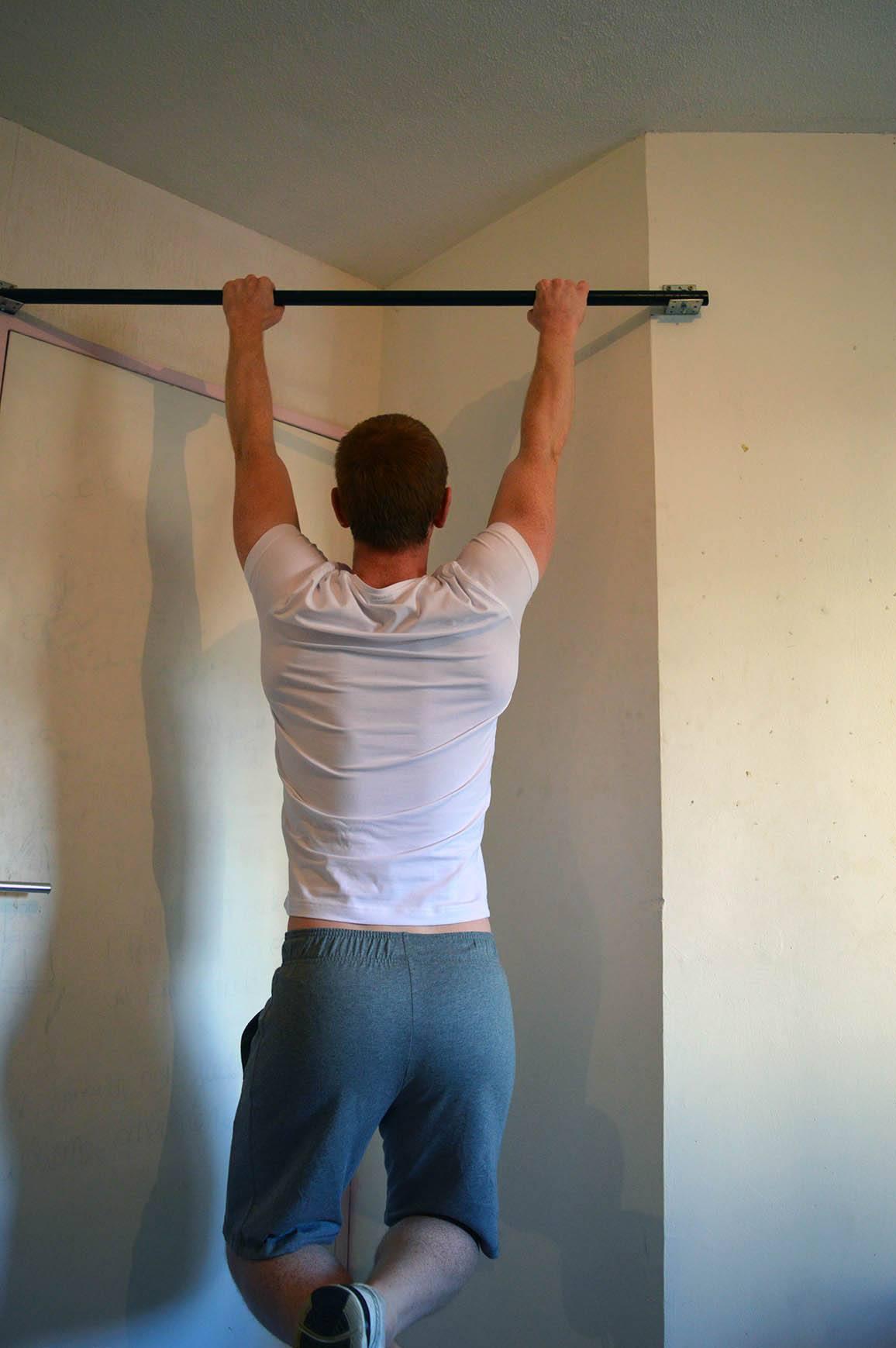 Programme musculation maison pour débutant - Traction 1
