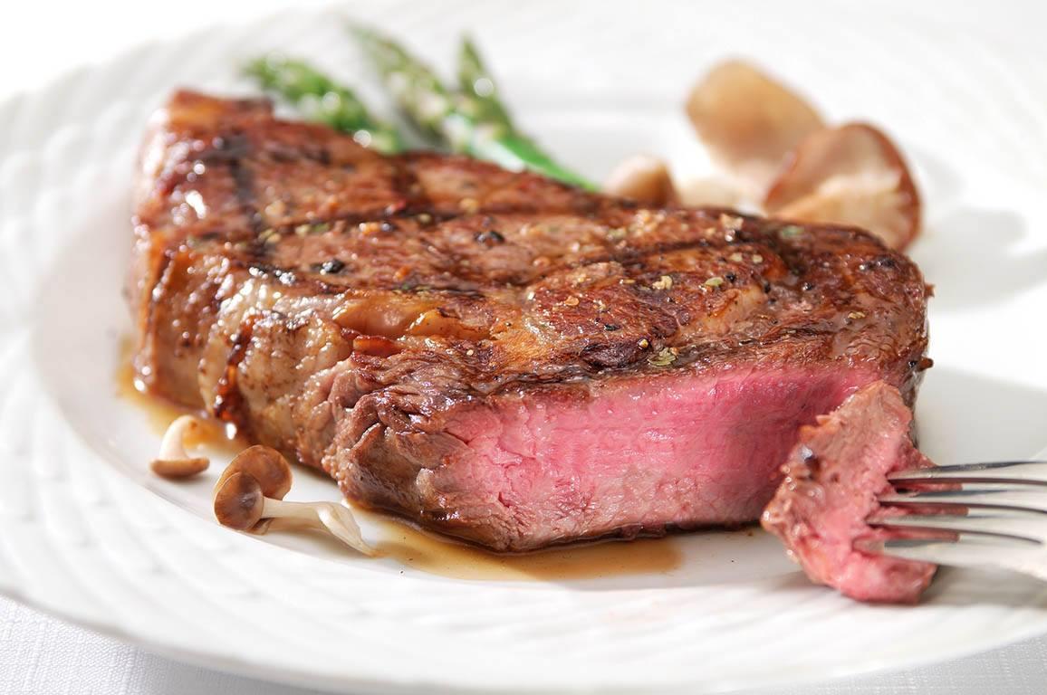 Manger sainement - assiette de viande