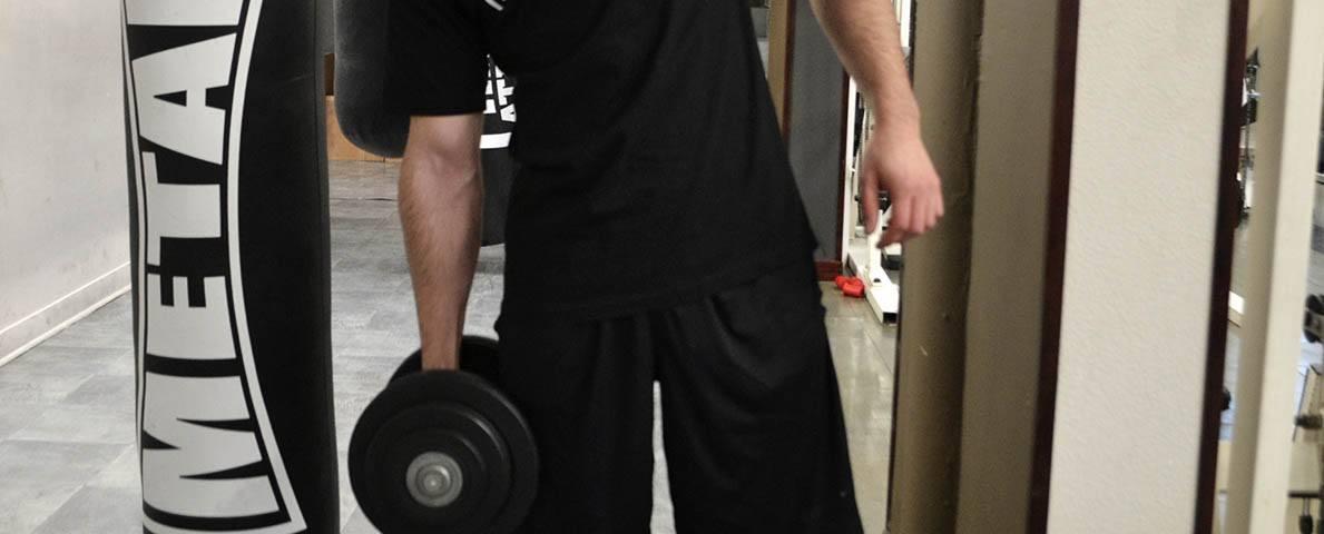 Flexion latérale avec haltère ou poulie basse - Obliques