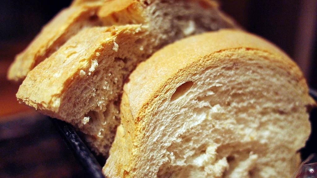 Tartines de pain blanc