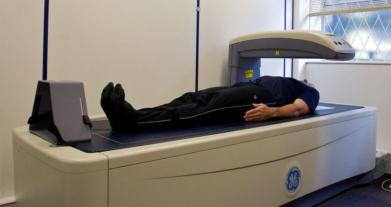 appareil d'absorption bi-photonique à rayons X